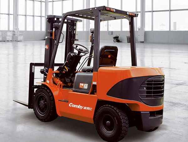 1-5T balanced heavy internal combustion forklift TIF